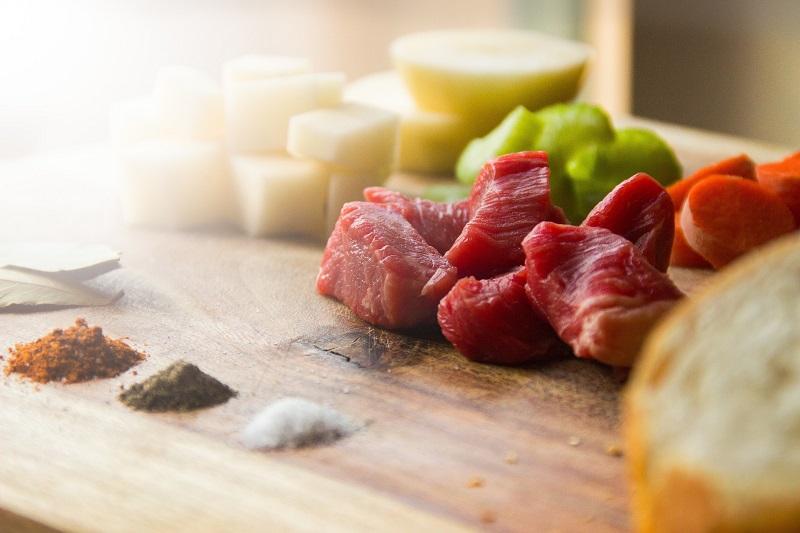 לאכול בשר בתקציב