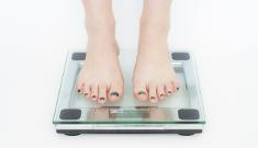 אישה על משקל